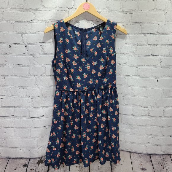 forever21 Dresses & Skirts - forever 21 navy blue with floral print dress